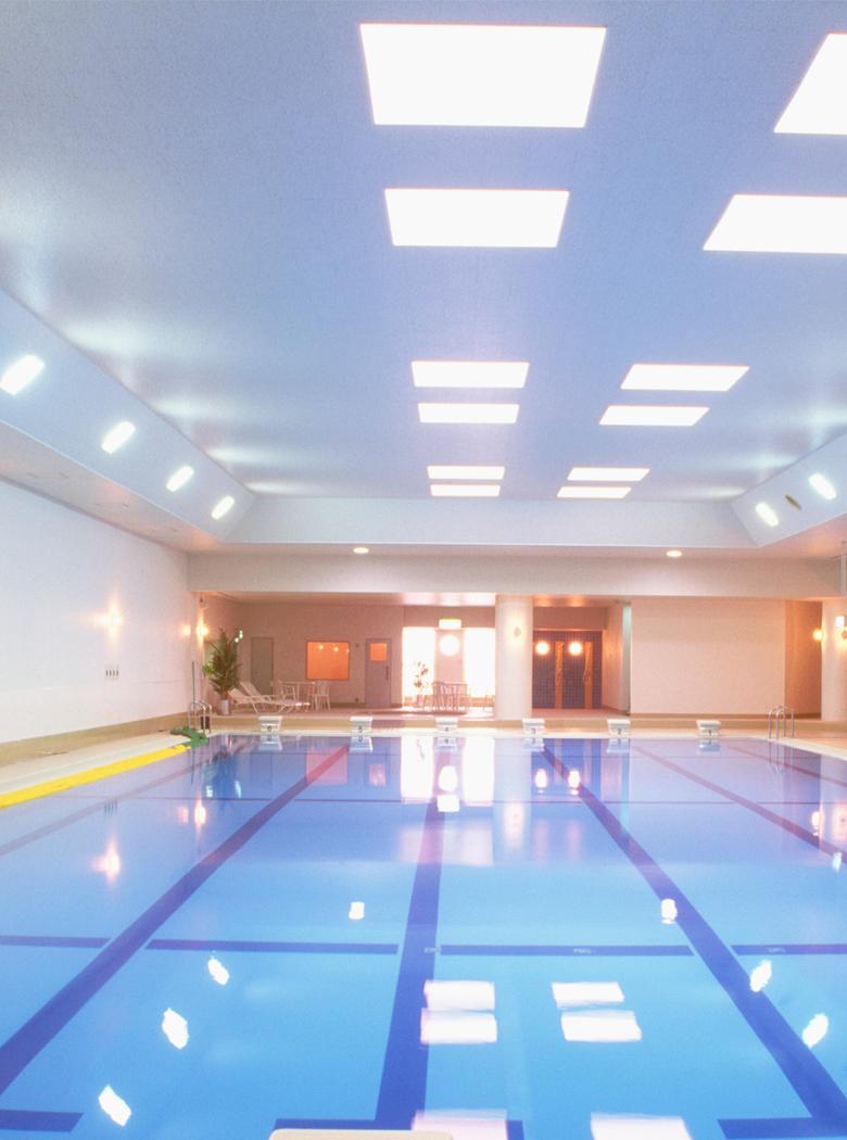 プール等公共施設の管理運営